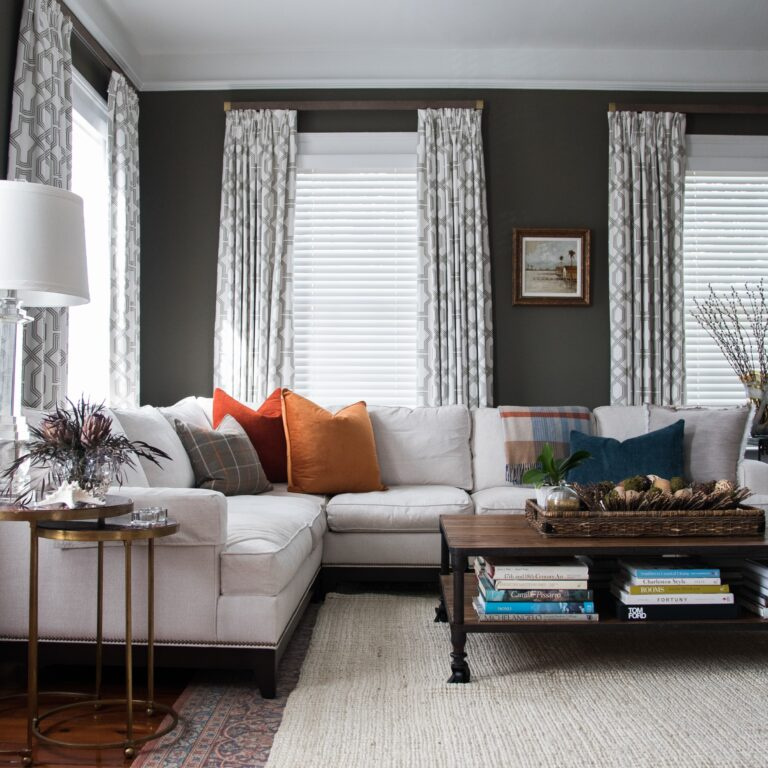 Neutral design of relaxed and cozy living room
